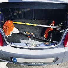 Teilbarer Schaft: Ruckzuck zerlegt - das ist ein wesentlicher Vorteil der teilbaren Schäfte des KombiSystems und der teilbaren Motorsensen. Werkzeug wird nicht benötigt. Die Geräte passen problemlos in einen Kofferraum und lassen sich leicht lagern.