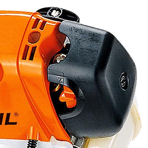 STIHL ErgoStart (E)  Starten wird jetzt noch leichter. Beim neuen STIHL ErgoStart ist zwischen der Seilrolle der Anwerfvorrichtung und der Kurbelwelle eine zusätzliche Spiralfeder geschaltet, die gegen den Verdichtungsdruck am Kolben aufgezogen wird. Ist die Federkraft größer als der Verdichtungsdruck, dreht die Kurbelwelle durch und der Motor springt an. Der Anwender startet die Maschine bequem ohne störende Kraftspitzen. (Abb. ähnlich)