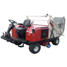Golfplatztechnik: Shibaura - Kehrmaschine SW1700