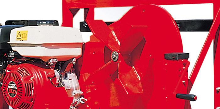 besonders robustes Lüfterrad -  Das ausgesprochen widerstandsfähige Flügelrad der Laubverladegebläse bietet sehr hohe Haltbarkeit, gegen extreme Belastungen durch verklebte Laubmassen, Steine und Geröll.