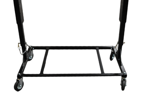robustes Absetzgestell -  Durch das teleskopierbare, optionale Absetzgestell lässt sich der Anbausauger LG-900 einfach an eine Bordwand hängen.