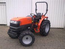 Allradtraktoren: Kubota - B2650H ROPS