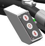 Bedienpaneel für die elektrohydraulische Fahrantriebsverstellung. Die Fahrtrichtung und die Geschwindigkeit können vom Bediener bequem mit dem Daumen angewählt werden.