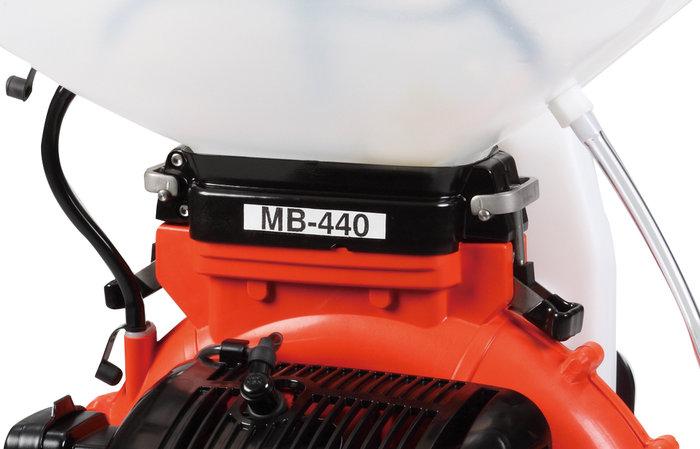 abnehmbarer Spritzmitteltank -  für Reinigungsarbeiten oder das befüllen, lässt sich der Spritzmittetank mit wenigen Handgriffen einfach abbauen.