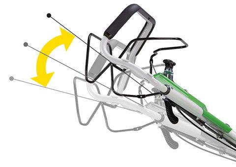 Höhenverstellbarer Holm  Mit der richtigen Einstellung angenehmer Rasenmähen: Der Bedienholm lässt sich einfach und schnell in drei Stufen der individuellen Körpergröße anpassen - bei stets gleichbleibender Stabilität und Wendigkeit des Rasenmähers.