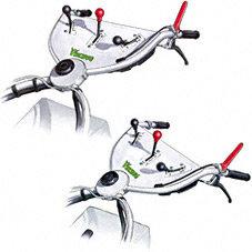 Schwenkbarer Holm: Für das komfortable Mähen entlang von Zäunen und Hindernissen lässt sich der Holm über einen Drehgriff nach links und rechts zur Seite schwenken.