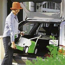 Klappbarer Holm: Dank des klappbaren Holms sind VIKING-Rasenmäher schnell und mühelos zu transportieren. Außerdem lassen sie sich auf diese Weise platzsparend aufbewahren.