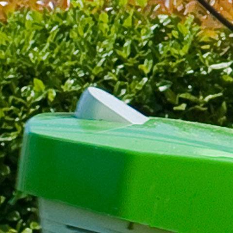 Integrierte Füllstandsanzeige  Bei allen VIKING Heckauswurfmähern ist eine Füllstandsanzeige in den Grasfangkorb integriert. Sie signalisiert den richtigen Entleerungszeitpunkt.