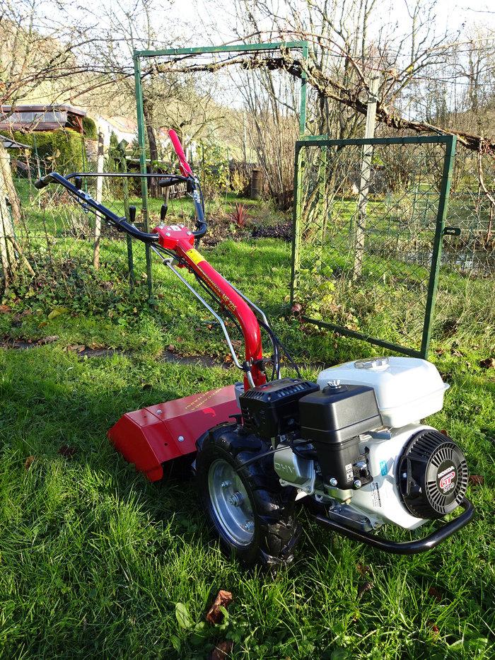 """Gebrauchte                                          Gartentechnik:                     Meccanica Benassi - MF 225 HondaOHV PRO 200 cm³ - Profi""""T""""-Einachser (gebraucht)"""