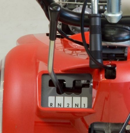 Schaltgetriebe mit 2V -und 1 Rückwärtsgang