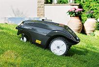 SABO MOWiT 500F SERIES II bietet die Möglichkeit, über die Eingabe von vordefinierten Startpunkten selbst schwieriger zu erreichende Nebenflächen anzusteuern und somit eine vollständige Bearbeitung Ihrer Rasenfläche zu gewährleisten.