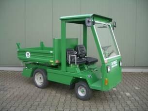 Spezialwagen:                     Schmitz - Mini-Kipper MK 1602