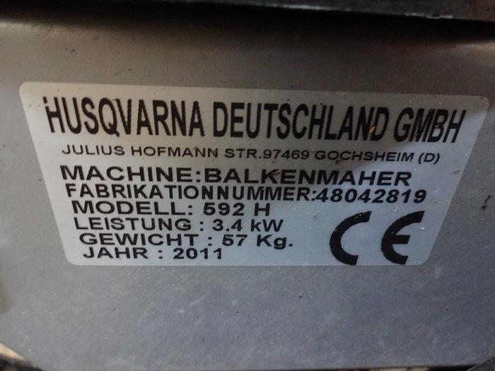 Das Original-Typenschild von der angebotenen Maschine