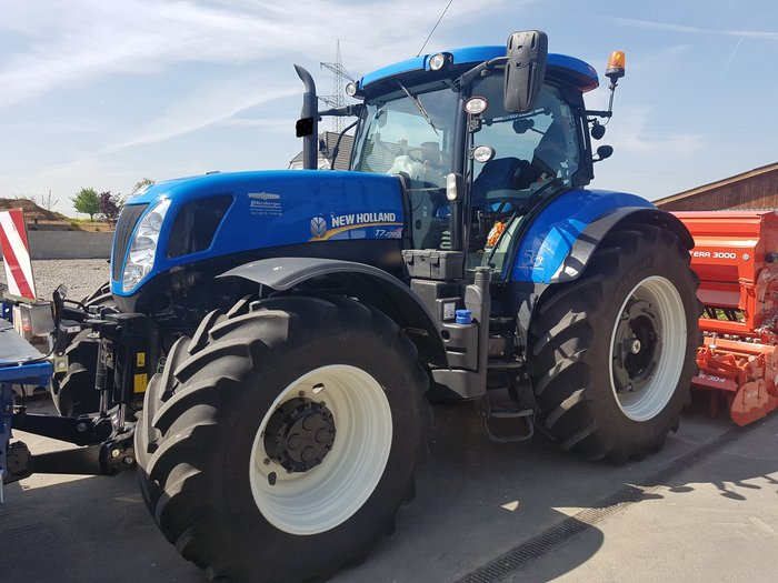 Gebrauchte                                          Traktoren:                     New Holland - New Holland T7.270Autocomand  (gebraucht)