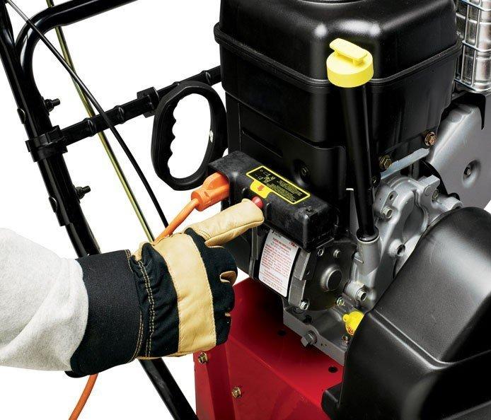 Elektrostart Für problemlos-sicher-zuverlässig-schnelle Starts an den kältesten Tagen hat jede zweistufige Schneefräse von Toro einen Elektrostart und ein Rücklaufstarter für zusätzliche Sicherheit.
