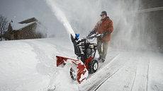 Gebrauchte  Schneeräumer: GLSF 61 SNOW PROGRESS COMFORT = schweren Schnee wegräumen mit extra-effizienter Leichtigkeit !!* - Starke Schneefräse 61 cm 6,5 PS Winter-PRO-Motor: Extrarobustes, kompaktes Design, professionelle Technik B-Ware LAGERVERKAUF =  150,- € günstiger (gebraucht)