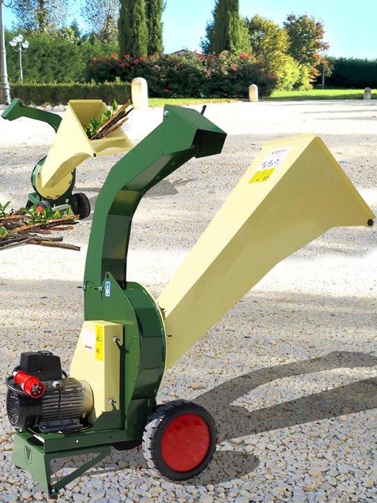 Gebrauchte                                          Gartenhäcksler:                     Negri - R95EHP4 Elektro-Häcksler (gebraucht)