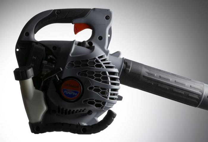 Die neuen Pure-Fire Motoren von Hitachi erreichen 70% weniger Emissionen, 40% weniger Kraftstoffverbrauch und erzugen 50% weniger Kohlenmonoxide. Sie sind umweltfreundlich und zukunftssicher.