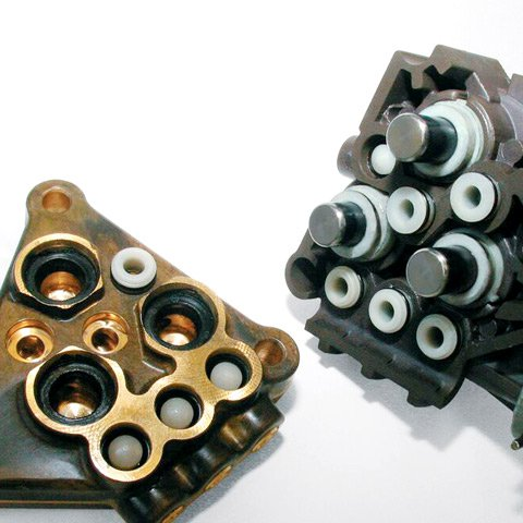 Keramikbeschichtete Kolben  Verschleißfeste, keramikbeschichtete Kolben machen die Pumpe sehr robust und sorgen für eine hohe Lebensdauer. (Abb. ähnlich)