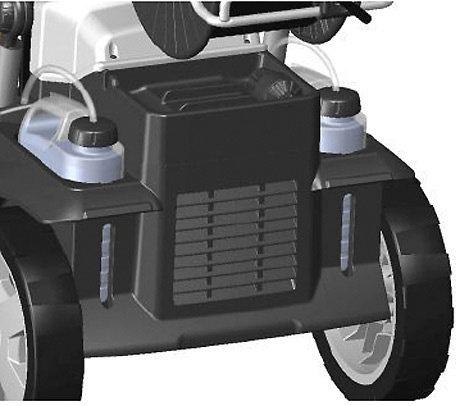 Zwei Reinigungsmittelbehälter  Zwei Reinigungsmittelbehälter mit je 2,5 Liter Fassungsvermögen ermöglichen die Verwendung unterschiedlicher Mittel. Per Drehknopf kann unkompliziert zwischen den Behältern umgeschaltet werden.