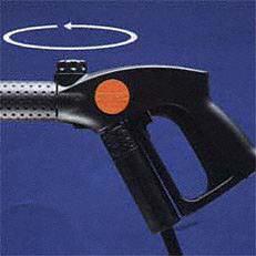 Druckregelung an der Pistole (VarioPress): Mit der Vario-Press-Pistole lassen sich Druck und Strahlform und Wasserleistung stufenlos verstellen. Das sorgt für eine komfortable und ökonomische Regulierung der Wassermengen. (Abb. ähnlich)