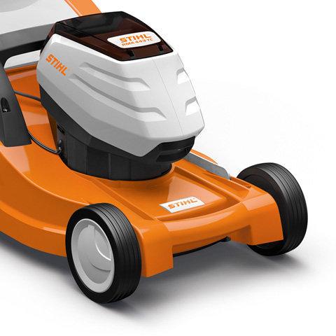 Eco-Modus  Mit aktiviertem Eco-Modus wird die Drehzahl des Motors automatisch an die aktuell benötigte Leistung angepasst, um maximal energieeffizient und ausdauernd zu mähen.