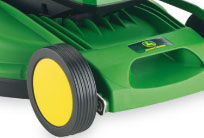 Der R40B verfügt über ein 40-cm-Mähdeck aus hochwertigem Polypropylen. Die Qualität dieses Gehäuses wird durch eine Kundengarantie von 10 Jahren unterstrichen. Außer durch seine Stabilität zeichnet sich das Gehäuse durch sein geringes Gewicht und die dadurch problemlose Manövrierbarkeit aus.