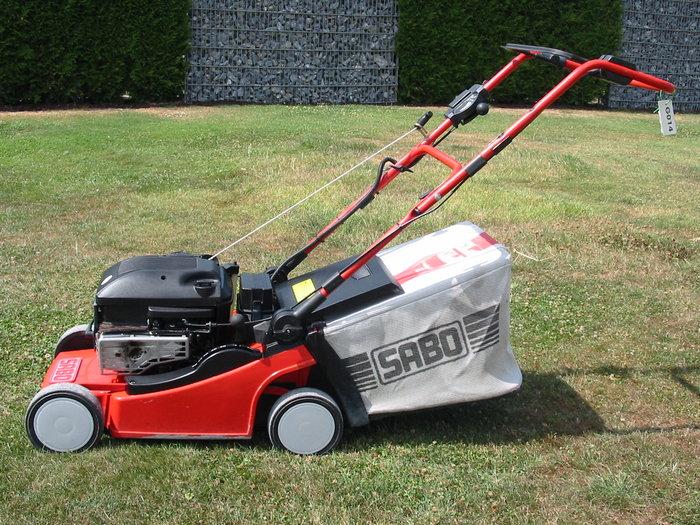 Gebrauchte                                          Benzinrasenmäher:                     Sabo - Rasenmäher 43-4 E (gebraucht)