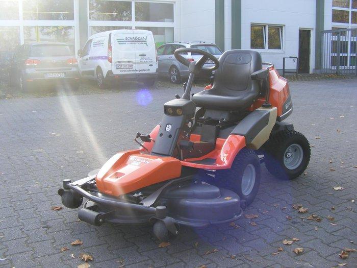 Gebrauchte                                          Frontmäher:                     Husqvarna - Rider R 422 TS (gebraucht)