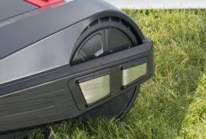 Griffiges Profil   Serienmäßig starke Traktion: Gummierte Räder sorgen für starke Traktion, gute Bodenhaftung und eine Steigfähigkeit bis 35%.