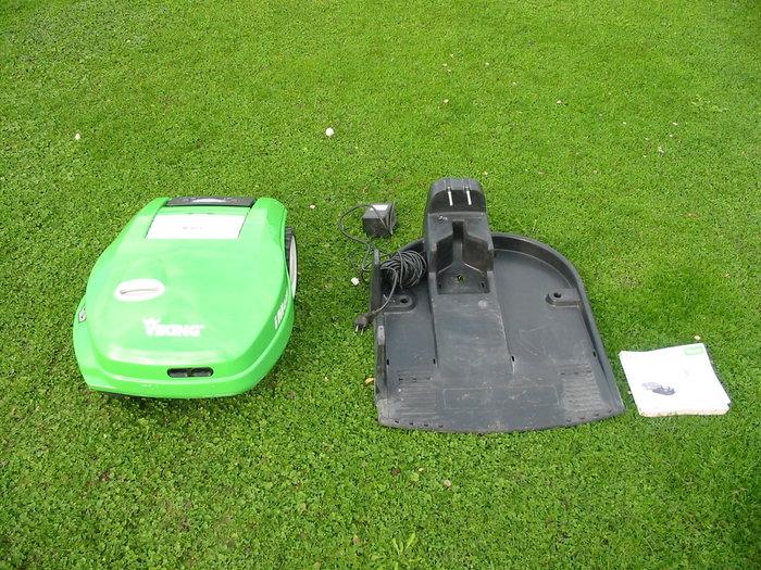 Gebrauchte                                          Mähroboter:                     Viking - Robotermäher MI 322 C (gebraucht)
