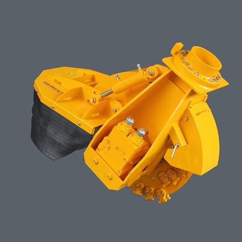Stubbenfräse Baggeranbau SCE 800H Benötigter Volumenstrom l/min: 80* oder 160*; max. Belastung: 420 bar; doppelwirkende Funktion: 1; Sicherheit: Überdruckventil ja; Gewicht: 600 kg; Maße LxBxH cm: 135x92x105; Fräsrad Ø mm: 800; -mit Zähne Ø mm890; Fräsradstärke mm: 25; Anzahl Zähne: 48; Fräsgeschwindigkeit: 44 m/s; Material Zähne Tungsten Carbid.