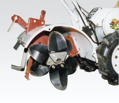 Optimal angeordnete und speziell geformte Fräsmesser