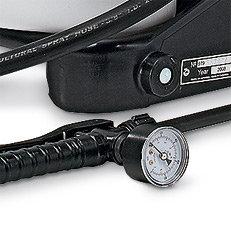 Druckmanometer: Das Gerät ist serienmäßig mit einem robustem Manometer ausgestattet.