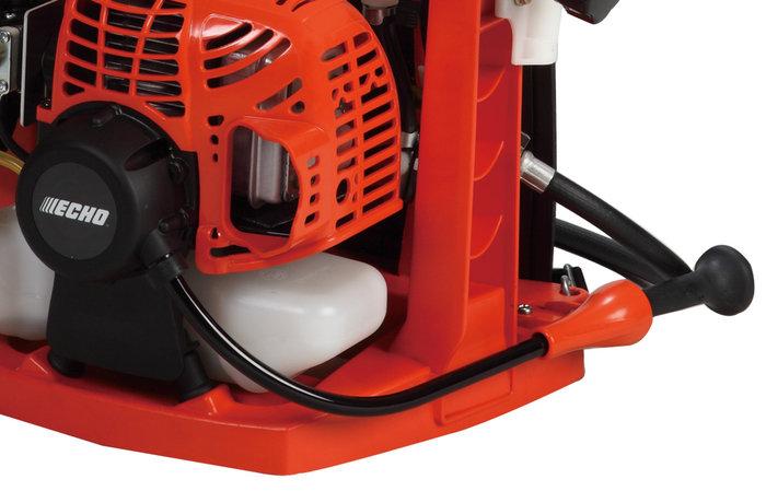 bequemes Starten -  Durch das nach vorne geführte Starterseil, lässt sich die Spritze bequem, ohne vom Rücken abnehmen zu müssen starten.