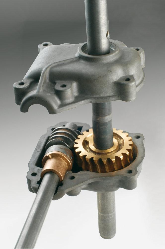 Gehäuse mit fein bearbeiteten Schneckengetriebe- Komponenten. Optimale Performance auch unter schwierigen Bedingungen.