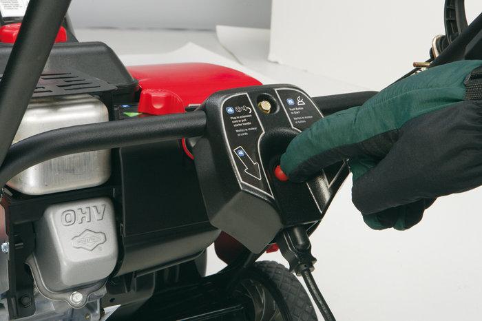 Das OHV-Design des Motors läuft unter weniger Wärmeentwicklung und sauberer. Mehr Leistung und längere Lebensdauer bei optimaler Kraftstoffverwertung.