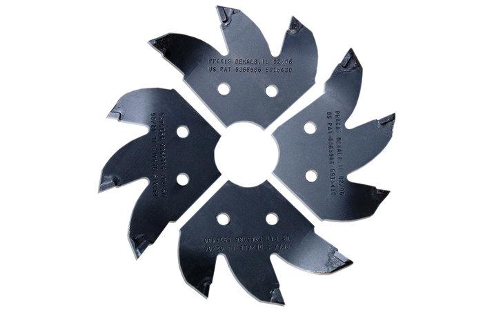 Gehärtete Frässcheibe -  Die Frässcheibe besteht aus einem hochfestem Hardox, versehen mit ausstauschbaren Fräszähnen aus kohlenstoffgehärtetem Wolfram-Karbid, die eine etwa dreifach höhere Zerspanung als herkömmliche Fräszähne bieten.