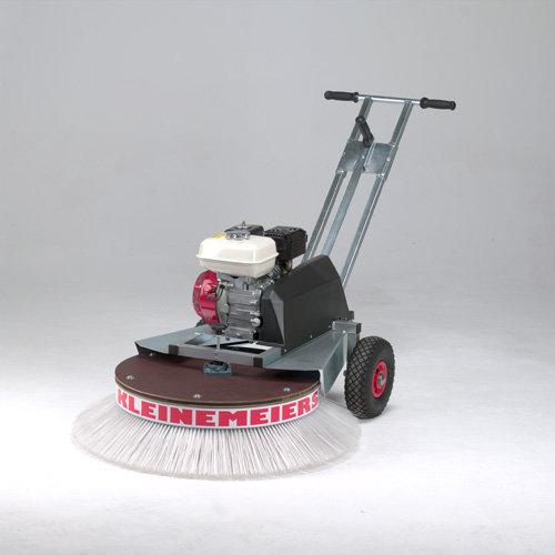 Radialbesen:                     Kleinemeiers Spezialbesen - Spezialbesen Benzinmotor