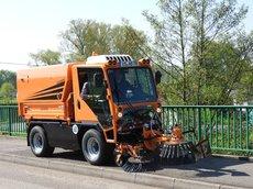 """Kommunalfahrzeuge: Ladog - T-1250 """"der Multiflexible"""""""