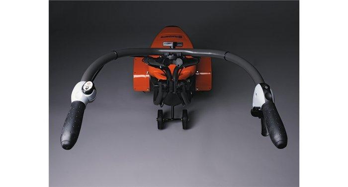 Ergonomischer Soft-Grip Griff Ergonomisch gestalteter Griff mit komfortablem Soft-Grip Funktion und leicht zugänglichen Einstellmöglichkeiten.