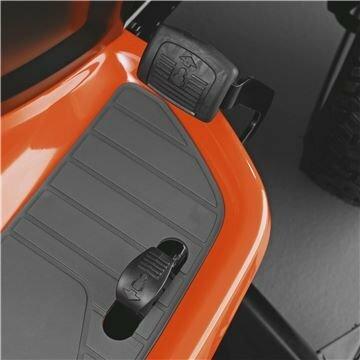 Stufenloses Fahren mit Fahrpedal - sehr hochwertiges, feinfühlig steuerbares Tuff Tporq Hydrostatgetriebe - für Sicherheit und höchste Zuverlässigkeit