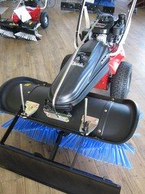 Kehrmaschinen: Tielbürger - TK-48 PRO, Honda, Sondermodell
