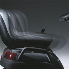 Leicht verstellbarer Sitz Während des Sitzens einstellbar; Sitz lässt sich nach vorne und hinten bewegen oder aufwärts und abwärts.