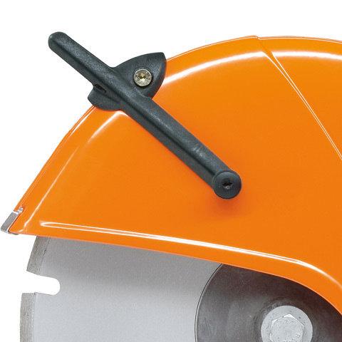 Magnesiumschutz  Der Trennschleifscheibenschutz aus Magnesium-Druckguss ist besonders leicht. Die Schutzverstellung und Wasserführung sind in ergonomischem Design ausgeführt.