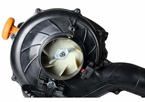 Der GBV260 Benzinlaubsauger reduziert mit dem Häcksler die aufgesaugten Blätter auf ein Volumen 15:1