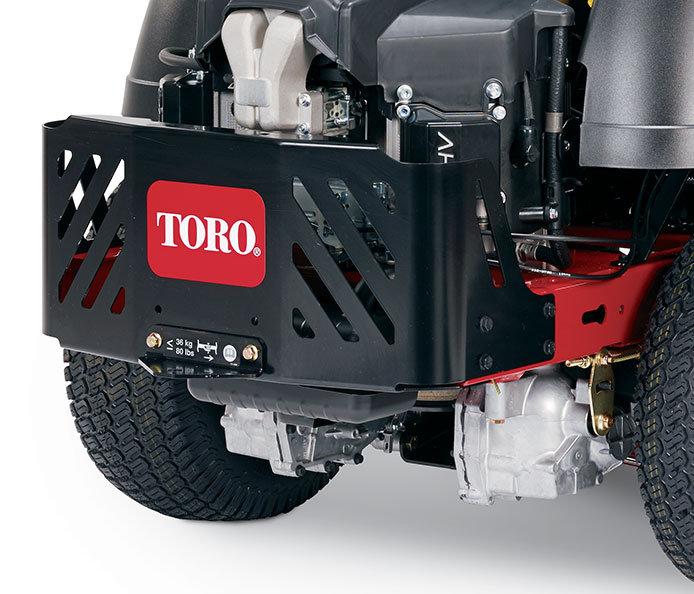 Robuste Motorschutzvorrichtung hinten  Diese robuste Schutzvorrichtung aus Stahl schützt den Motor vor Ästen und Grünabfällen beim Manövrieren auf dem Rasen.