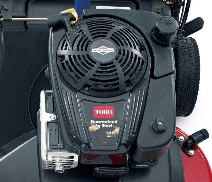 11,9 Nm Bruttodrehzahl Briggs & Stratton® OHV: Kräftiger Briggs & Stratton OHV-Motor mit 11,9 Nm Bruttodrehmoment bietet die Leistung und Haltbarkeit, für die Toro bekannt ist