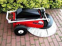 Kehrmaschinen:                     Tuchel - Typ Radial 1950 B