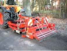 Bodenbearbeitungstechnik: VOSS - VOSS - TENNEN- UND WEGERENOVATOR